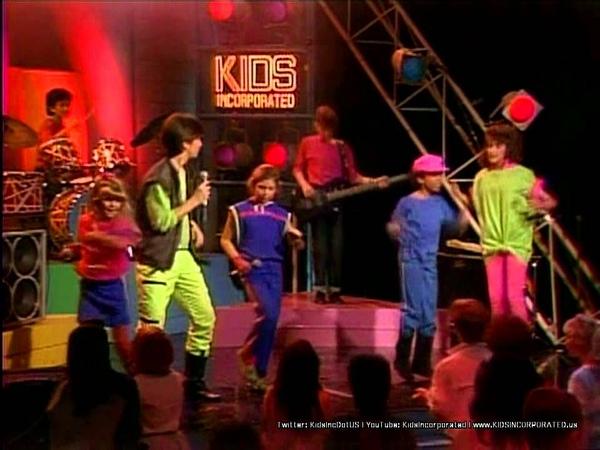 KIDS Incorporated - You Make My Dreams Come True (1984 [720p HD Remaster])