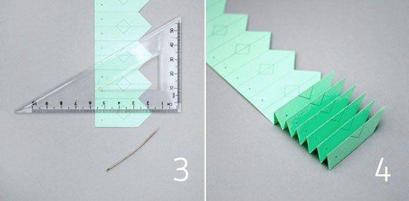 СНЕЖИНКИ-ГАРМОШКИ Есть два способа сложить такие снежинки. Первый - когда полоска-заготовка сворачивается в круг, а основание ее перевязывается ниточкой. Посмотрите такие шаблоны в прикрепленном