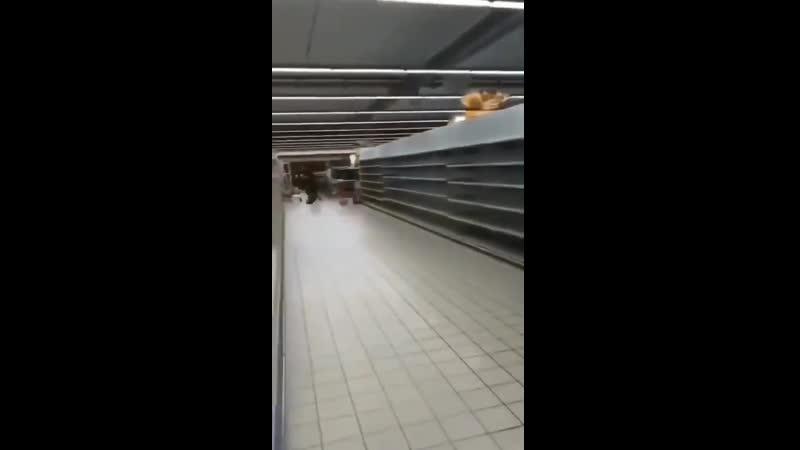 Коронавирус Италияイタリアミラノのあるロンバルディア州では食料品の買いだめが起っているようです