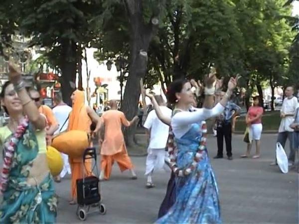 Харинама Ними прабху Одесса 2008 Деребасовская