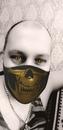 фото в маске макса калинина