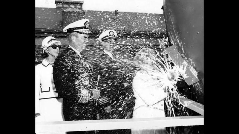 Почему при спуске корабля разбивают о борт шампанское