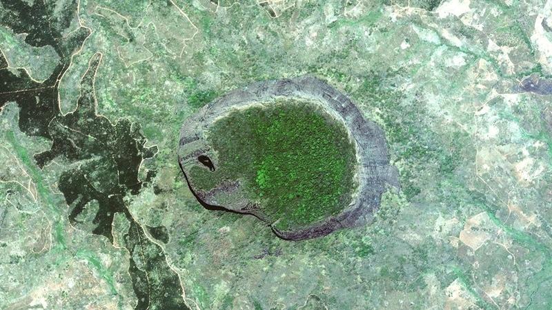 Затерянный мир на горе Лико что там нашли Самые необычные островные горы на Земле