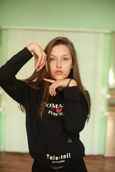 В Белоруссии девушка погибла под колесами фургона Переходила дорогу в неположенном местеВ Пинском районе автомобиль сбил 18-летнюю Милахину. Смертельный наезд произошел 1 ноября около 15.00 на