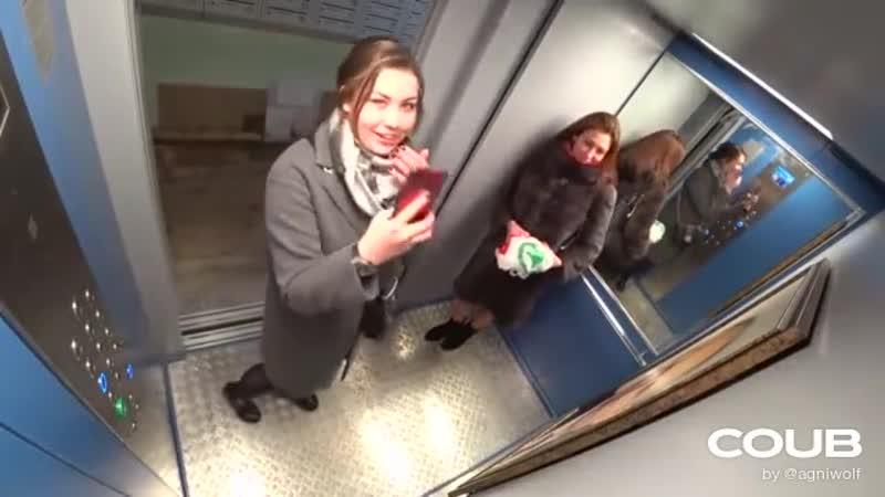 Пранк Портрет Путина в Лифте Жители подъезда в шоке