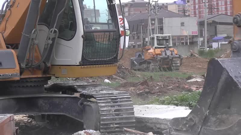 Разработка котлованов под будущие медицинские центры в Дагестане