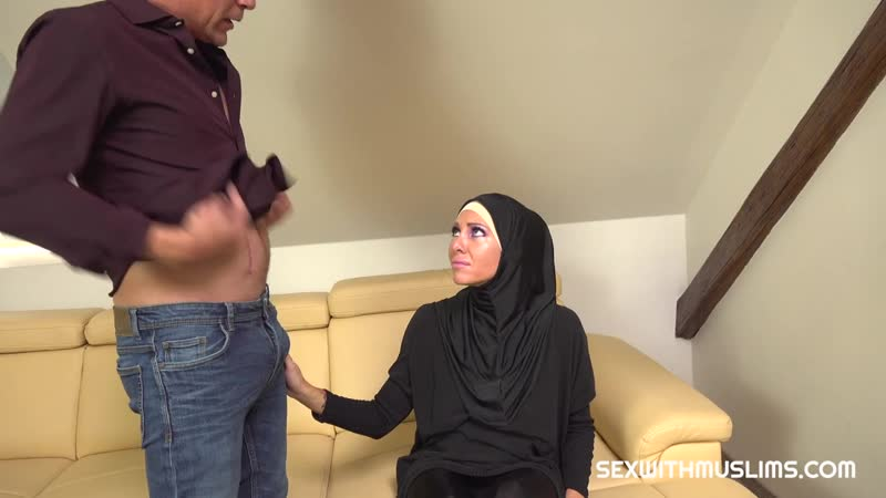 Muslim Girl Caught Texting Another Guy Gets Hammered Wanessa Sweet ( Sex With Muslims Porn CZ), Türbanlı