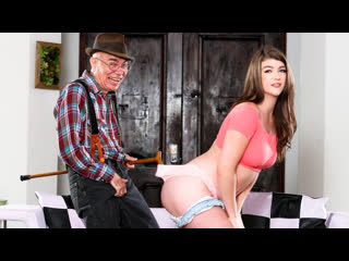 Remy Rayne – Teen Shows Love To Older Man / Дед веселится с внучкой [Blowjob, Tits Cumshots, Ass, Cumshot, Old And Young]