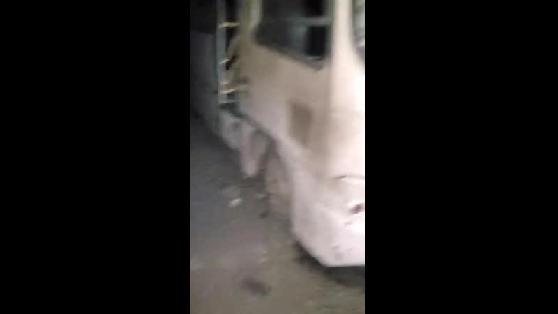 Обстрел центральной части Горловки. Прямое попадание в ТТУ. Повреждены или полностью вышли из строя семь новых автобусов Днбасс.