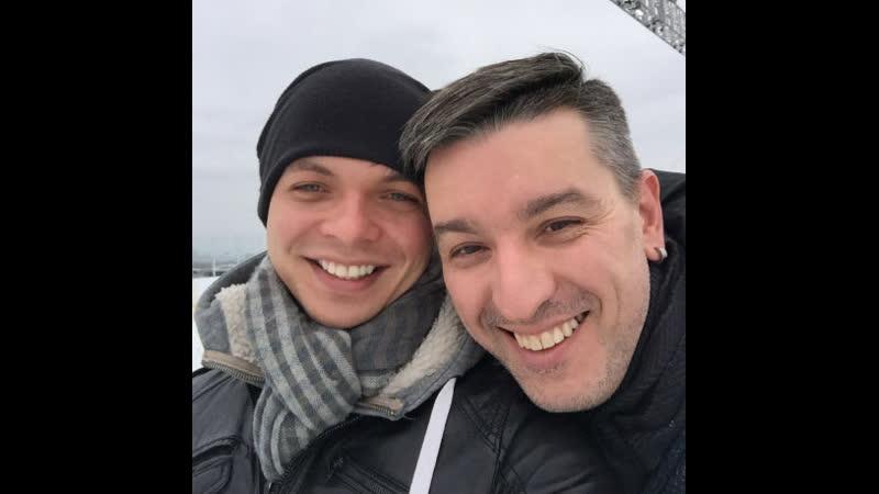 В Москве уволили инспектора, который не уследил за сыном гей-пары