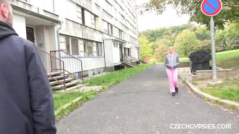 Czech Gypsies Vanessa Sweet Fucked With Horny Guy New Porn