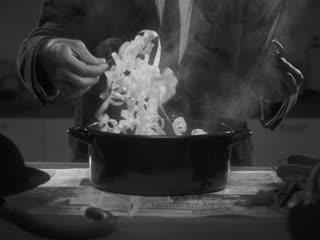 Новогодние рецепты: Бутерброды с икрой в стиле Чарли Чаплина
