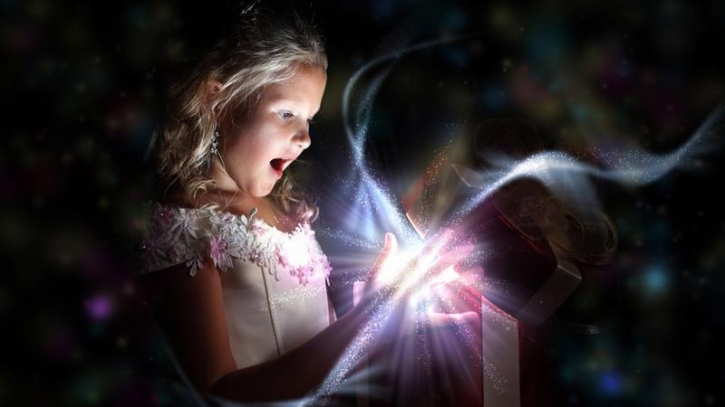 Видеопоздравление творческого кружка Волшебная шкатулка ко Дню защиты детей