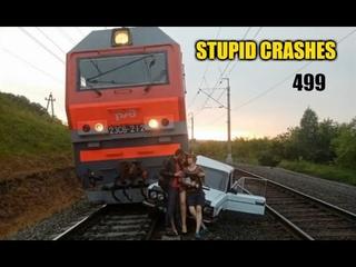 Stupid driving mistakes 499 (July 2020 English subtitles)