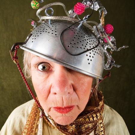 Кастрюля на голове, что это - признак шизанутости или пастафарианства