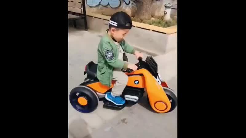 Крутейший детский электрический мотоцикл