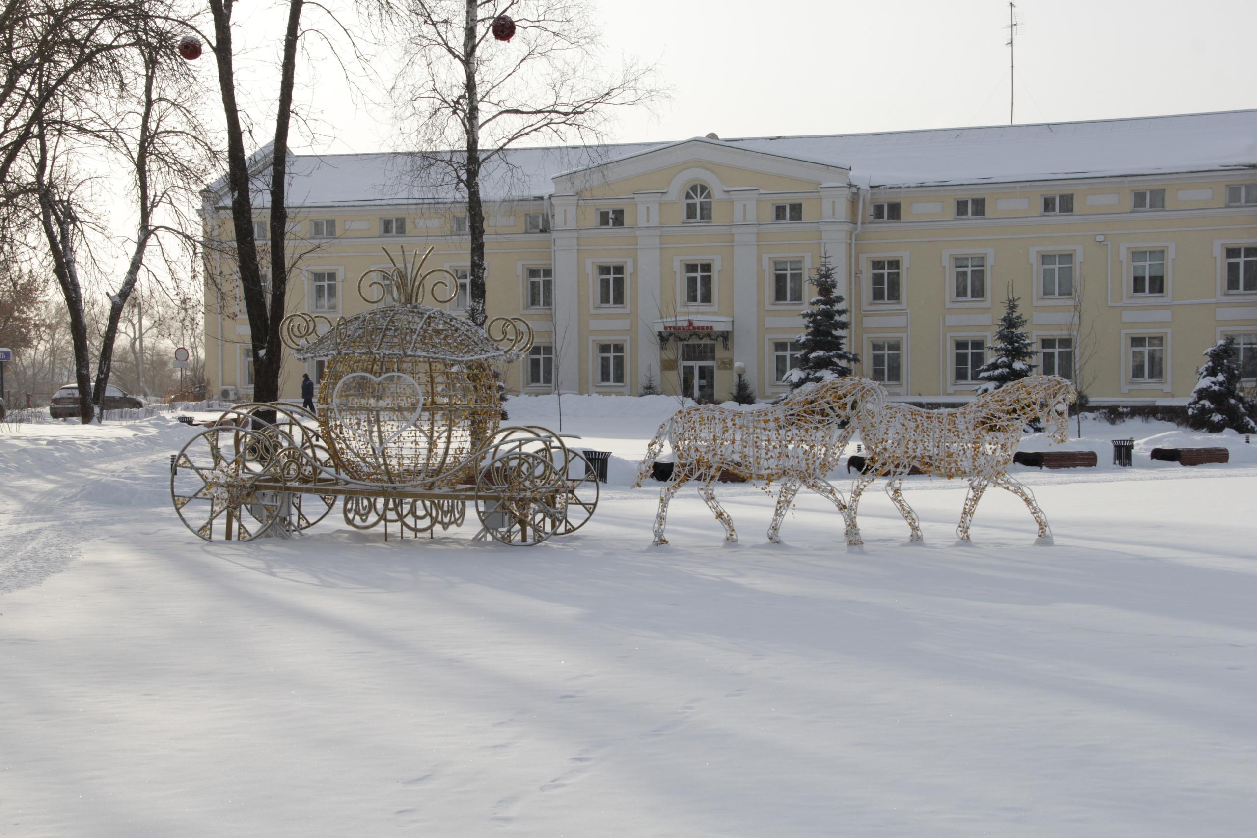 Компания «ДАУ ИЗОЛАН» установила в Суздале праздничный арт-объект