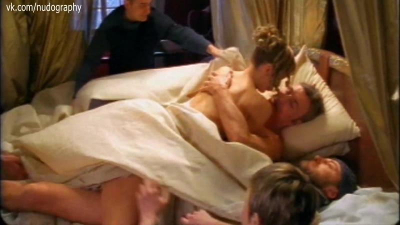 Инна Алексеева голая в сериале Воскресенье в женской бане 2005 9 серия
