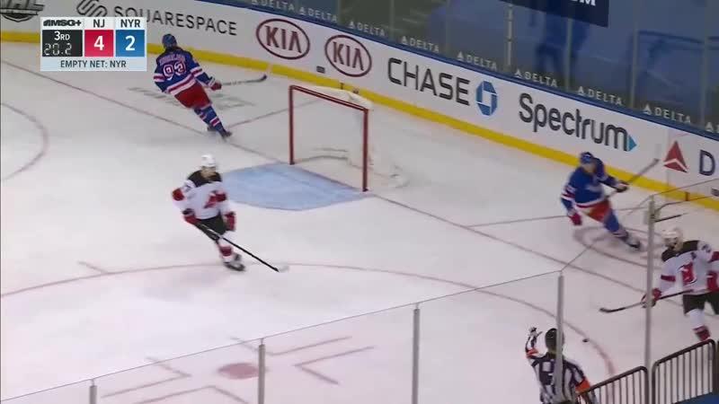 Мальцев рвёт НХЛ забивая шайбу в пустые ворота