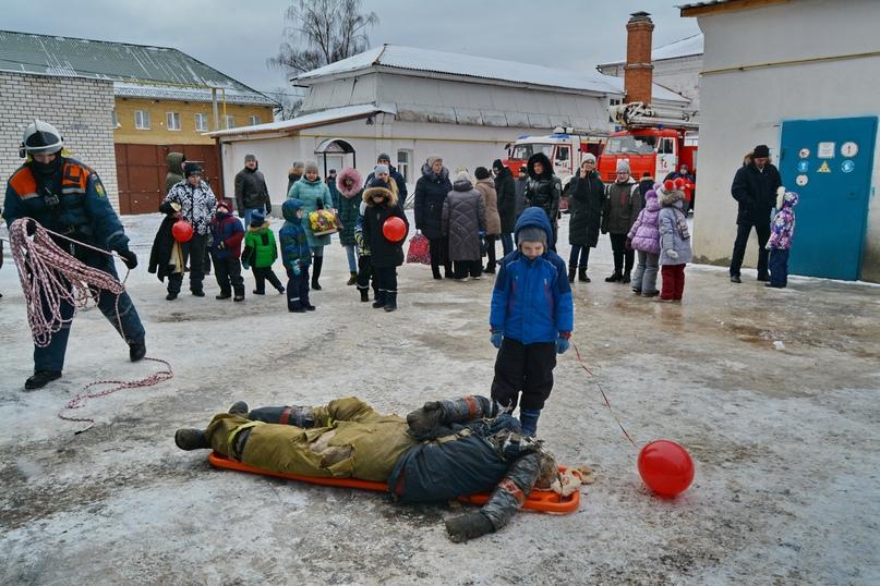 В Коврове прошел день открытых дверей посвященный 116-летнему дню рождения пожарного депо., изображение №13