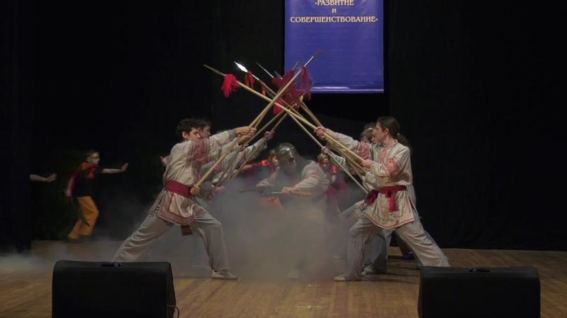 Показательное выступление Содружества Комплекс с копьём мечом топором на песню Русская рать