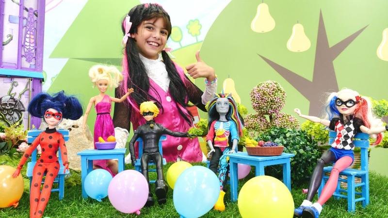 Barbie Monster High ve Uğur Böceği kostüm partisine davet ediyoruz