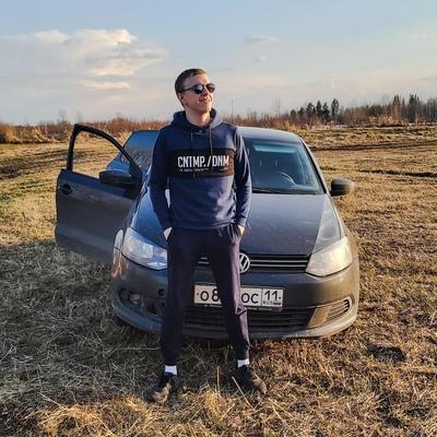 Антон Шомысов