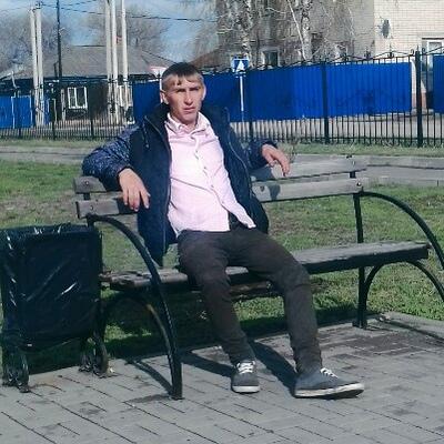 Александр, 27, Yelan'-Koleno