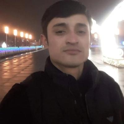Ayom Safarov