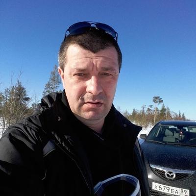 Василий, 45, Nyagan