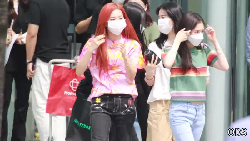 200708 Irene Seulgi Red Velvet @ 'Cultwo Show' Departure